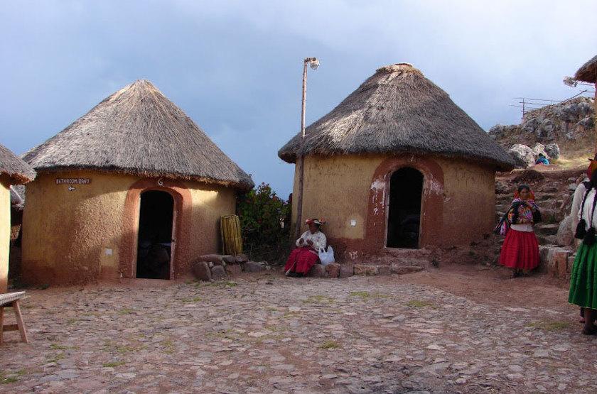 Pérou - Ticonata Ecolodge - Maisons