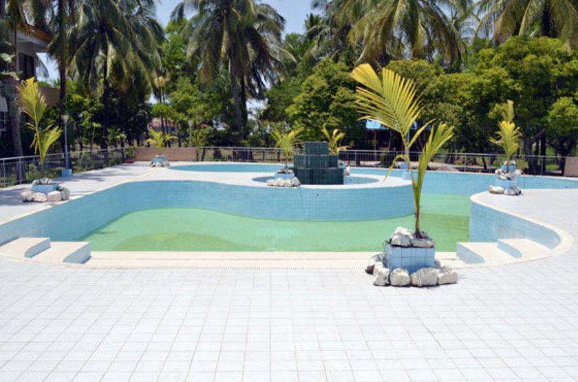 Birmanie - Royal Sittwe Resort - Piscine