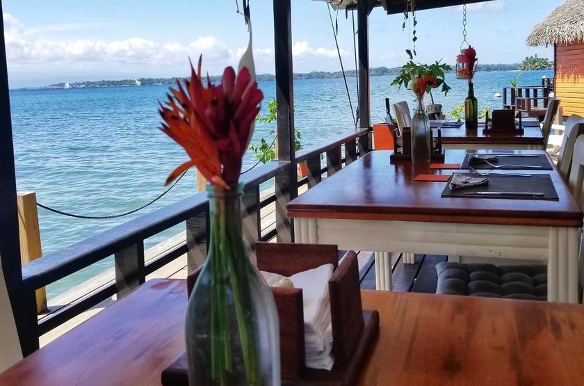 Panama - Eclypse de Mar - Restaurant terrasse