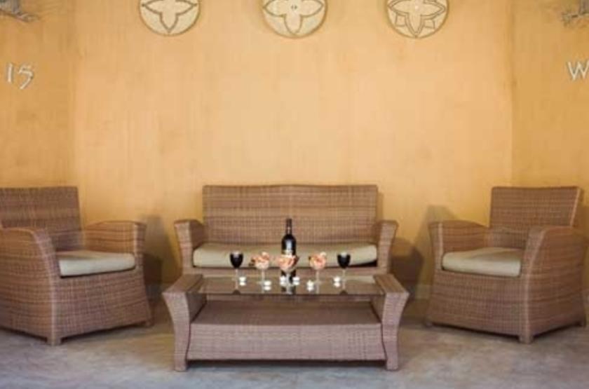 Okaukuejo Rest Camp, parc d'Etosha, Namibie, salon