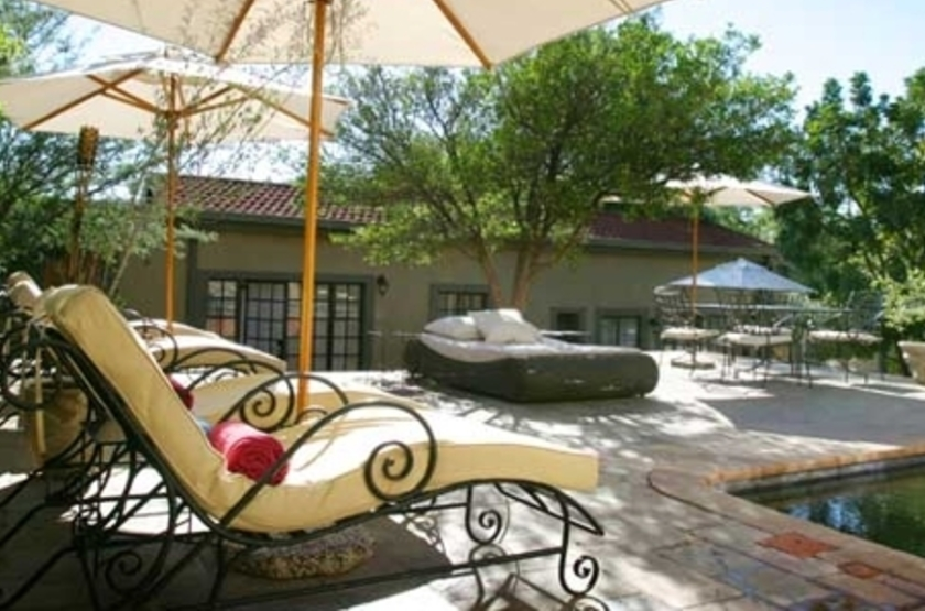 Olive Grove Guesthouse, Windhoek, Namibie, piscine