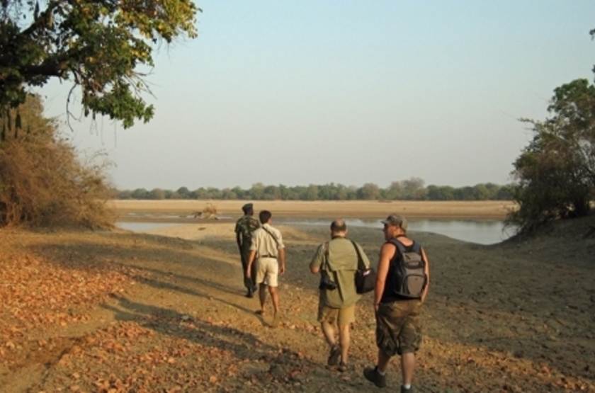 Kalamu Bush Camp, South Luangwa, Zambie, safari à pied