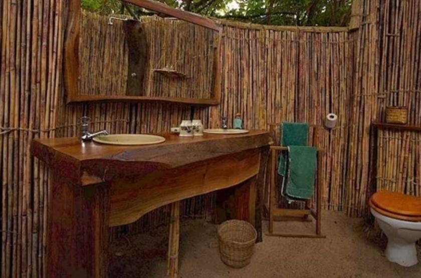 Kuyenda Bushcam, South Luangwa, Zambie, salle de bains