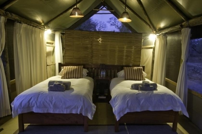Lufupa Tented Camp, Kafue, Zambie, tente