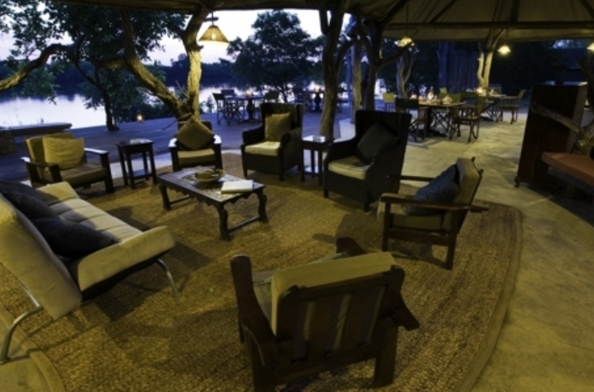 Lufupa Tented Camp, Kafue, Zambie, lounge
