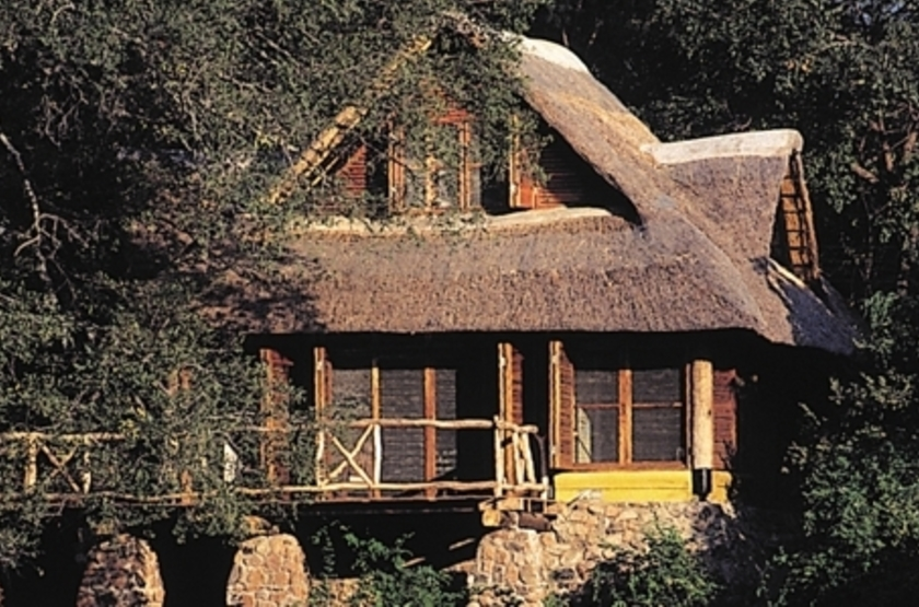 Mfuwe Lodge, South Luangwa, Zambie, extérieur
