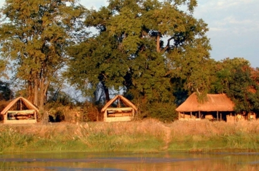 Mwaleshi Camp, North Luangwa, Zambie, emplacement