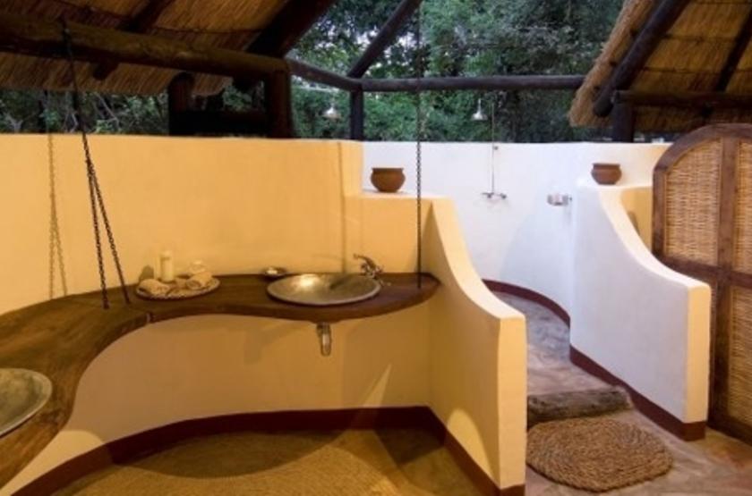 Nkwali Camp, South Luangwa, Zambie, salle de bains