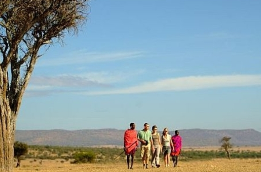 Mara Porini Camp, Ol Kinyu, Masai Mara, Kenya, balade avec les Massai