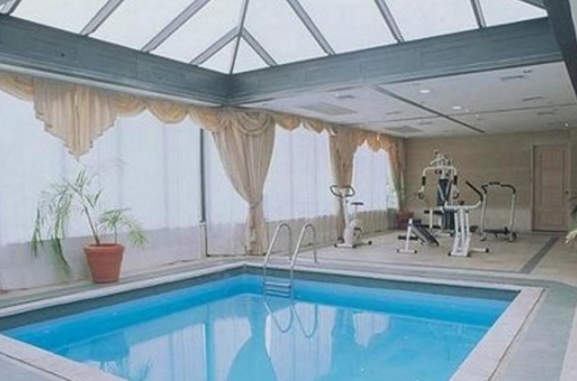 Fundador, Santiago, Chili, piscine