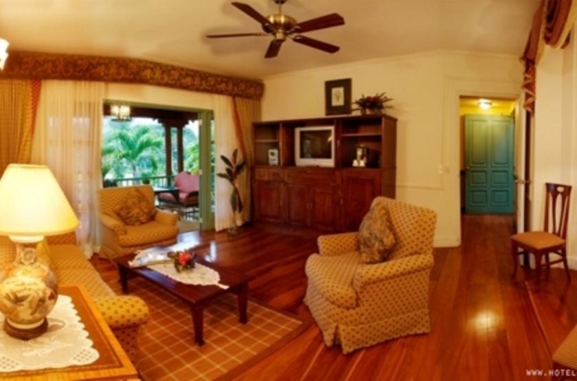 Casa Turire, Turrialba, Costa Rica, salon