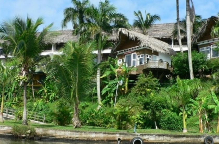 Hôtel Villa Caribe, Livingston, Guatemala, extérieur