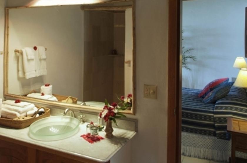 La Lancha Lodge, Lake Peten Itza, Guatemala, salle de bains