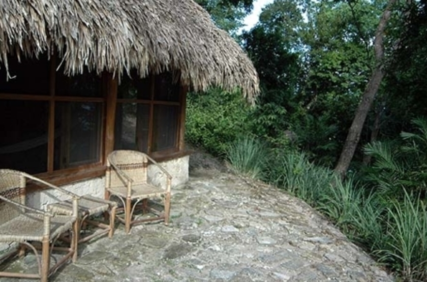Nitun And Private Reserve, lac Peten Itza, Guatemala, terrasse
