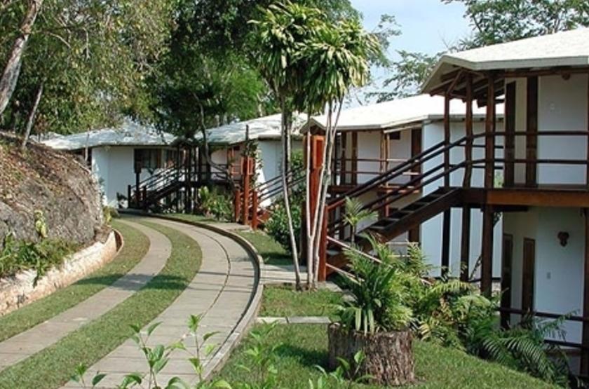 Villa Maya, Flores, Guatemala, extérieur