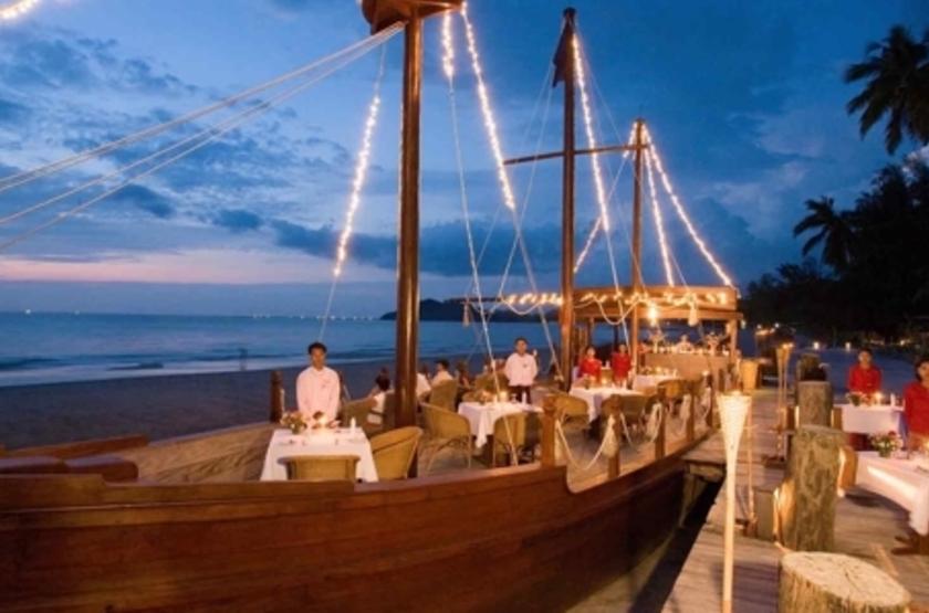 Aureum Resort  Ngapali, Birmanie, restaurant plage