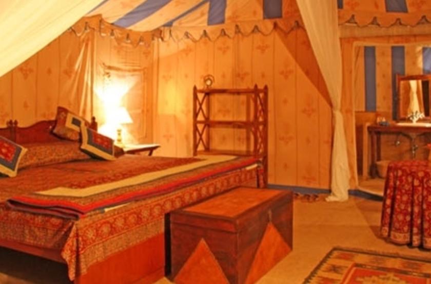 Mool Raj Sagar Camp, Jaisalmer, Inde, chambre