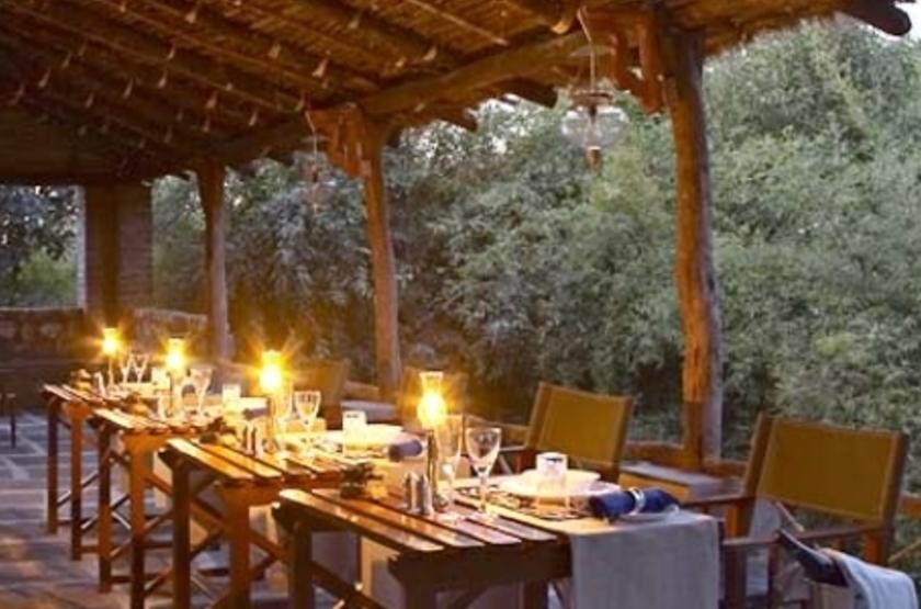 Camp Mewar, Parc de Bandhavargh, Inde, restaurant
