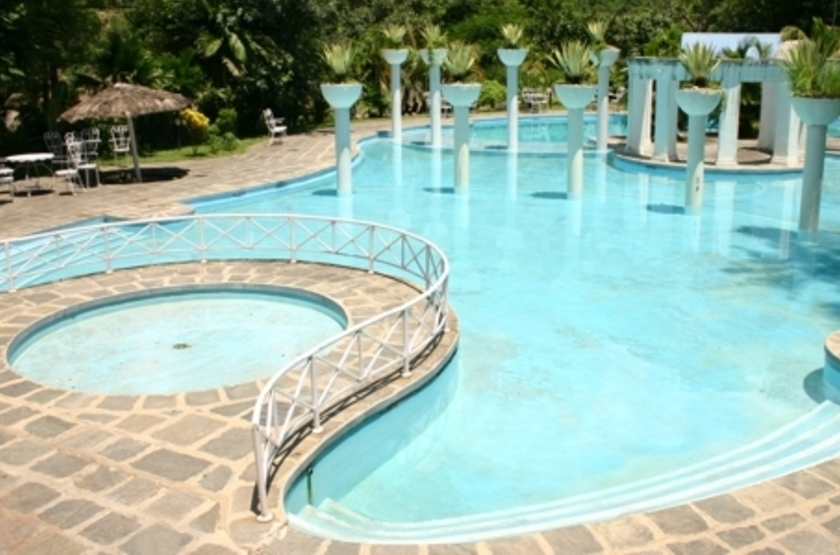 Riverside Springs Resort, Kurintar, Népal, piscine
