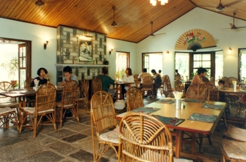 Riverside Springs Resort, Kurintar, Népal, restaurant