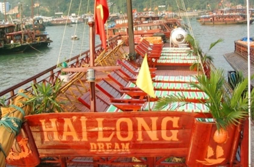 Jonque Hai Long, Baie d'Halong, Vietnam, solarium