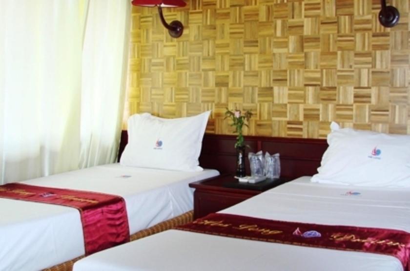 Jonque Hai Long, Baie d'Halong, Vietnam, cabine