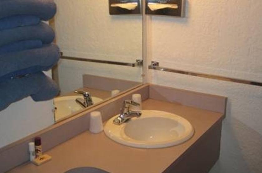 Thunderbird Lodge, Canyon de Chelly, Etats Unis, salle de bains