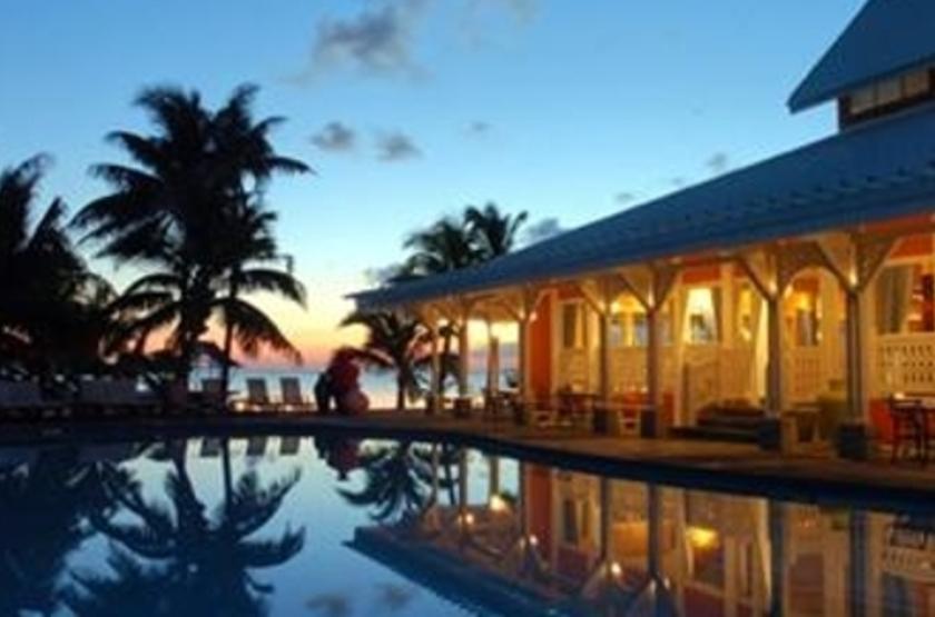 Preskil Beach Resort, Ile Maurice, by night