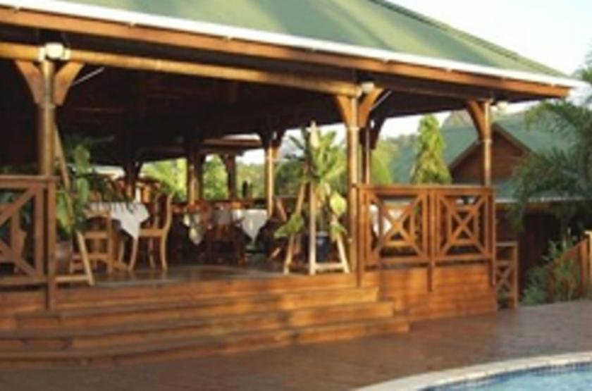 Le Jardin des Palmes, Mahé, Seychelles, bar