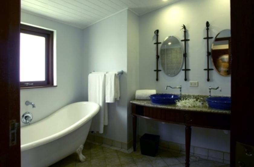Paradise Sun, Praslin, Seychelles, salle de bains