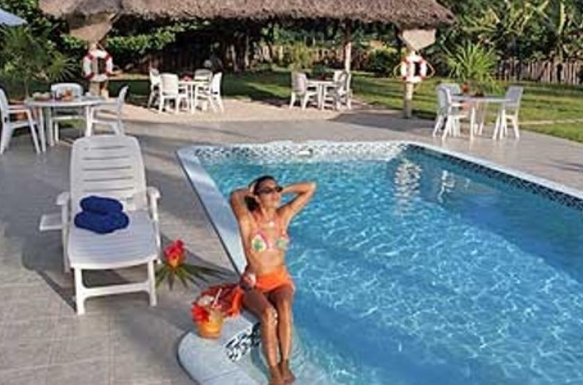Villas d'Or, Praslin, Seychelles, piscine