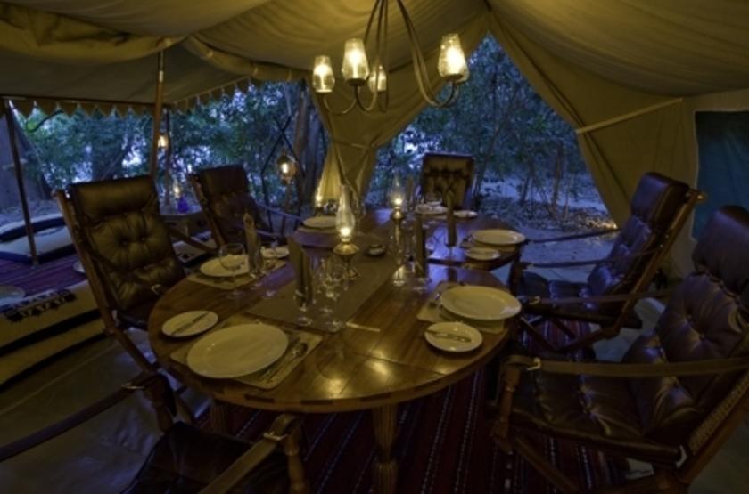 Lukula Selous Camp, Luwego River, Tanzanie, restaurant