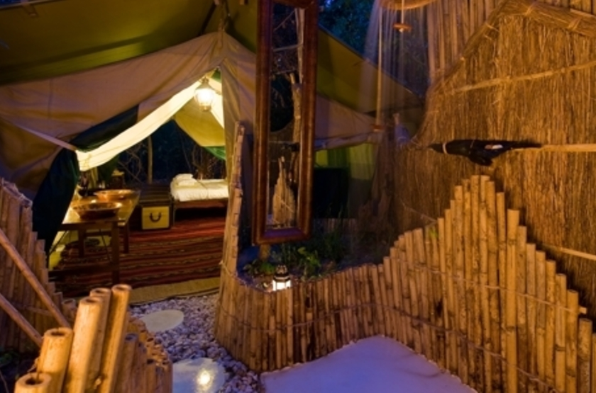Lukula Selous Camp, Luwego River, Tanzanie, salle de bains
