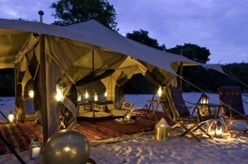 Lukula Selous Camp, Luwego River, Tanzanie, plage