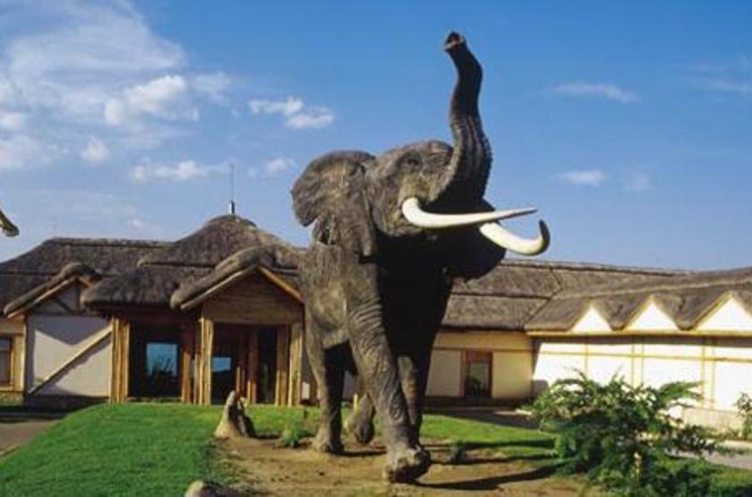 Mweya Lodge, Queen Elisabeth Park, Ouganda, extérieur