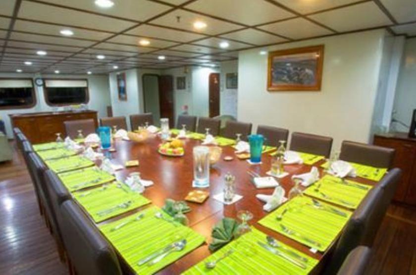 Catamaran Athala II, Galapagos, Equateur, restaurant