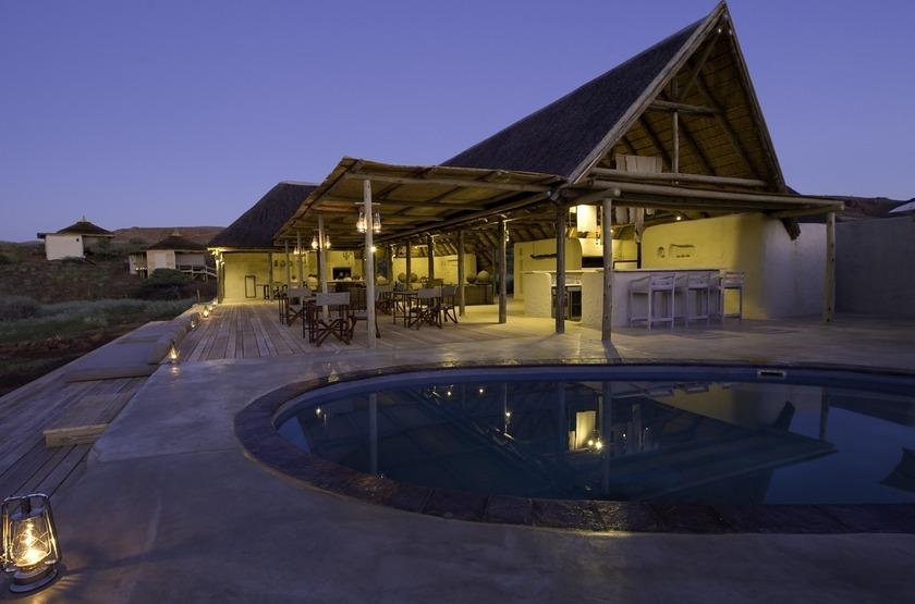 Damaraland Camp,vallée d'Huab, Namibie, extérieur