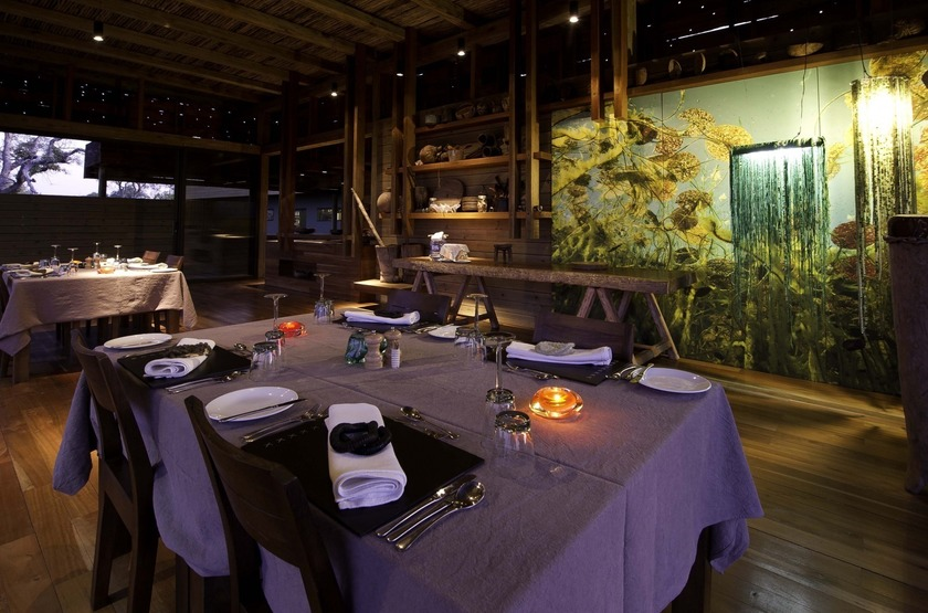 Vumbura Plains Camp, Okavango, Botswana, dinning room