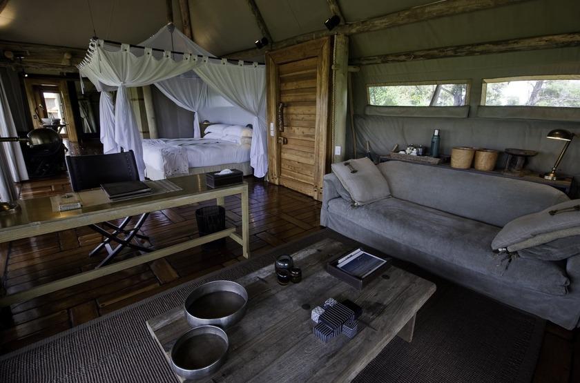 Little Mombo, Okavango, Botswana, intérieur tente