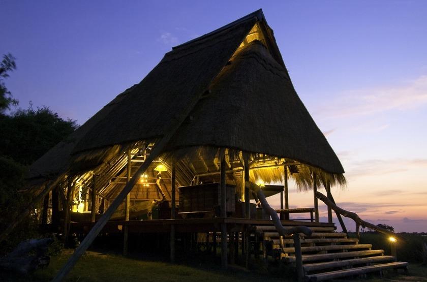 Botswana   selinda camp   le camp slideshow