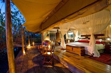 Botswana   zafara camp   tente   terrasse listing