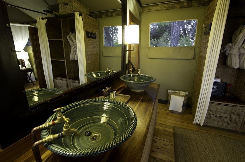 Little Vumbura, Okavango, Botswana, salle de bains