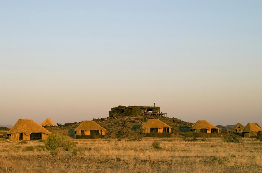 Namibia damaraland doro nawas camp slideshow