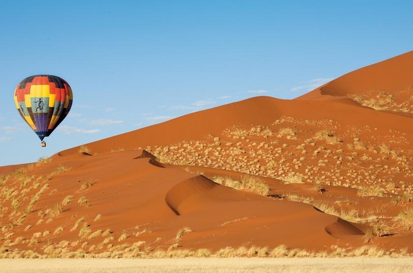 Kulala Desert Lodge, Sossuvlei, Namibie, survol des dunes