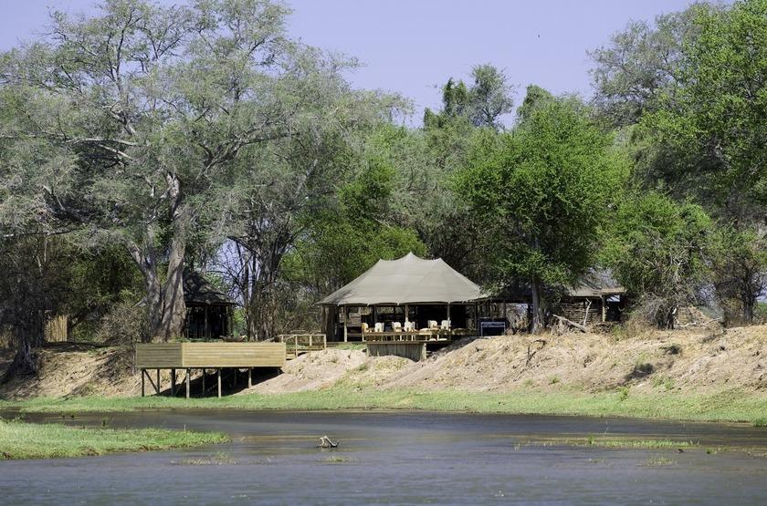 Zimbabwe   ruckomechi campjpg slideshow