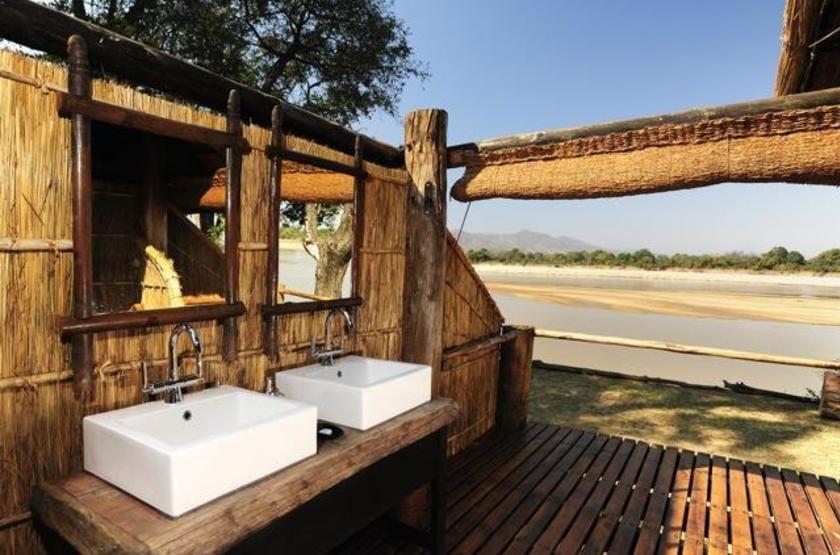 Chamilandu Camp, South Luangwa, Zambie, salle de bain