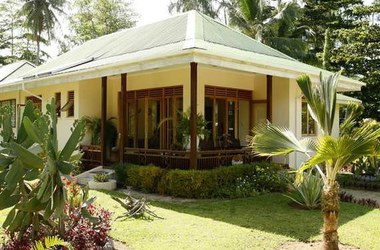 Villas d or   praslins   single villa vue exterieur listing