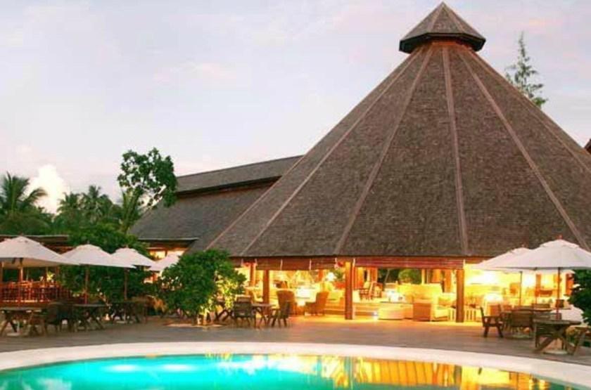 Denis Island Lodge, Seychelles, piscine et restaurant