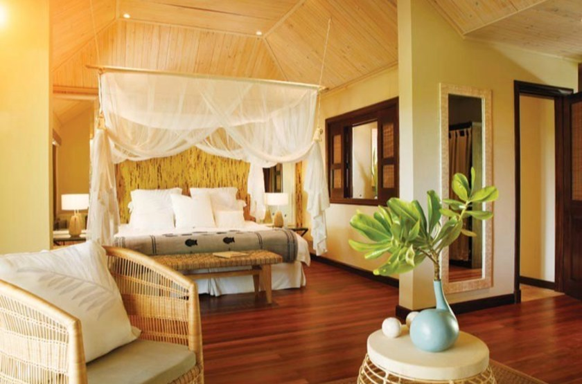 Desroches lodge   desroches   beach suite slideshow