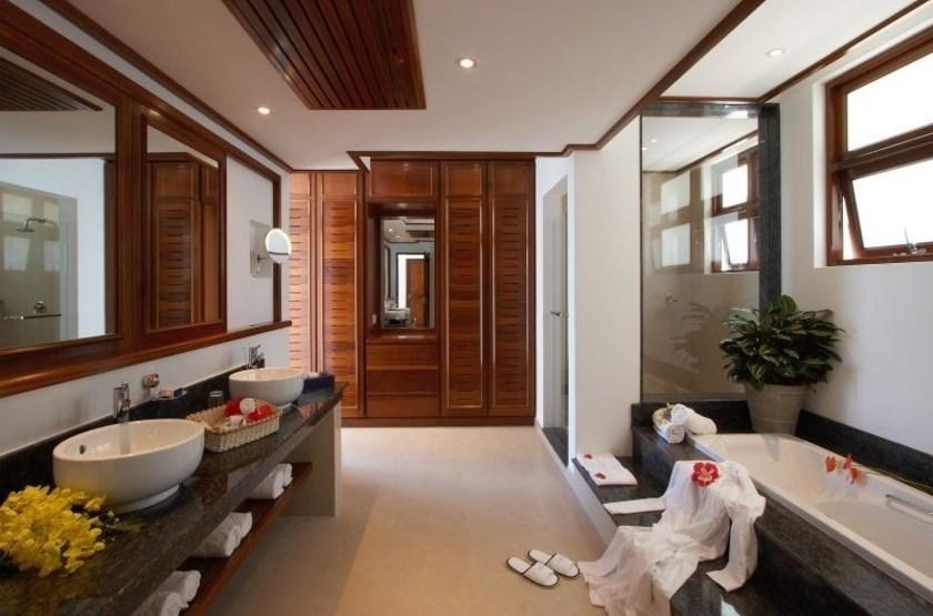 Le Domaine de la Réserve, Praslin, Seychelles, salle de bains
